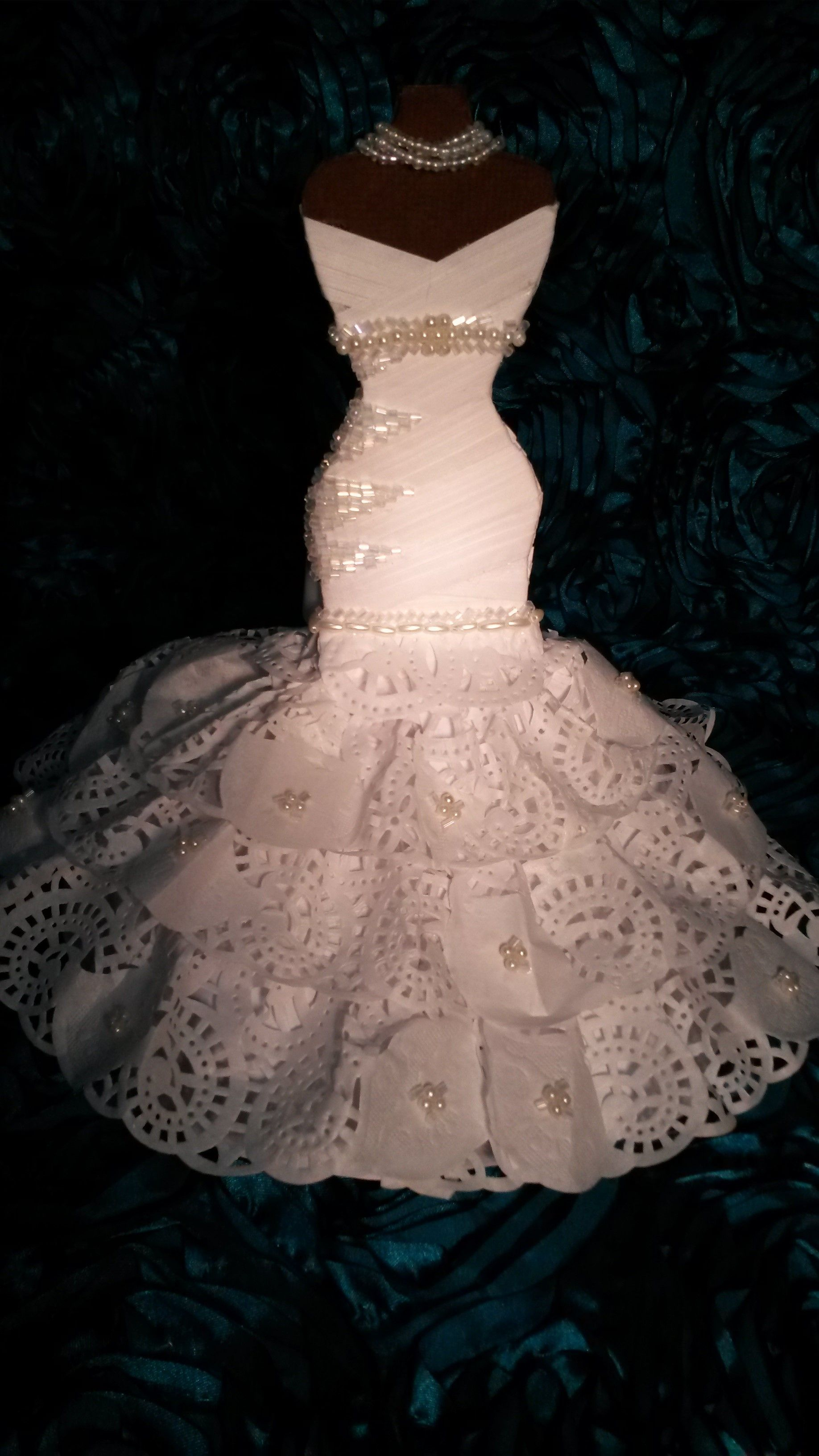vestido de novia elaborado miniatura totalmente en papel | Vestidos ...