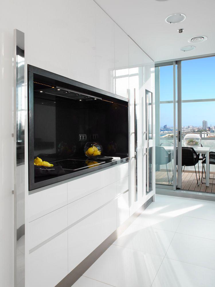 Molins interiors cocina blanca diagonal mar cocina tipo loft deco pinterest - Cocinas tipo loft ...