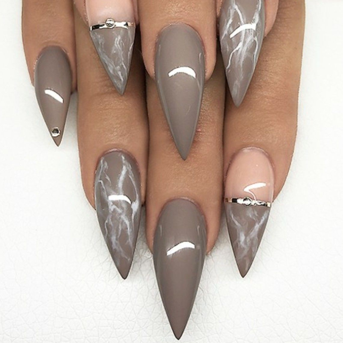 Stiletto Nails Marble Nails Fall Nails Acrylic Nails Acrylicnailsnatural Gorgeous Nails Taupe Nails Stiletto Nails Designs
