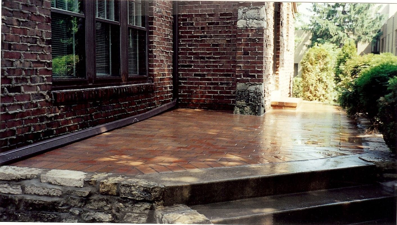 New Brick Porch With A High Gloss Sealer Install Brick Repair Masonry Brick