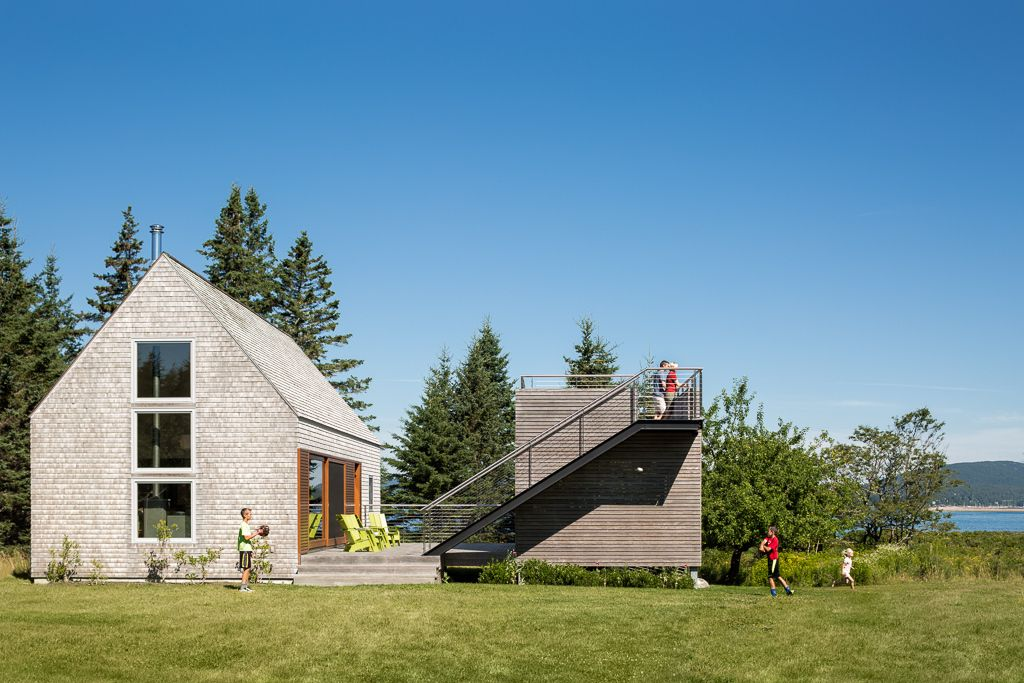 Image 1 of 14 from gallery of House on an Island / Elliott + Elliott Architecture. Photograph by Trent Bell