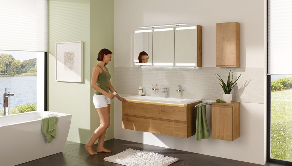Bildergebnis für badezimmermöbel holz modern | Badezimmer ...