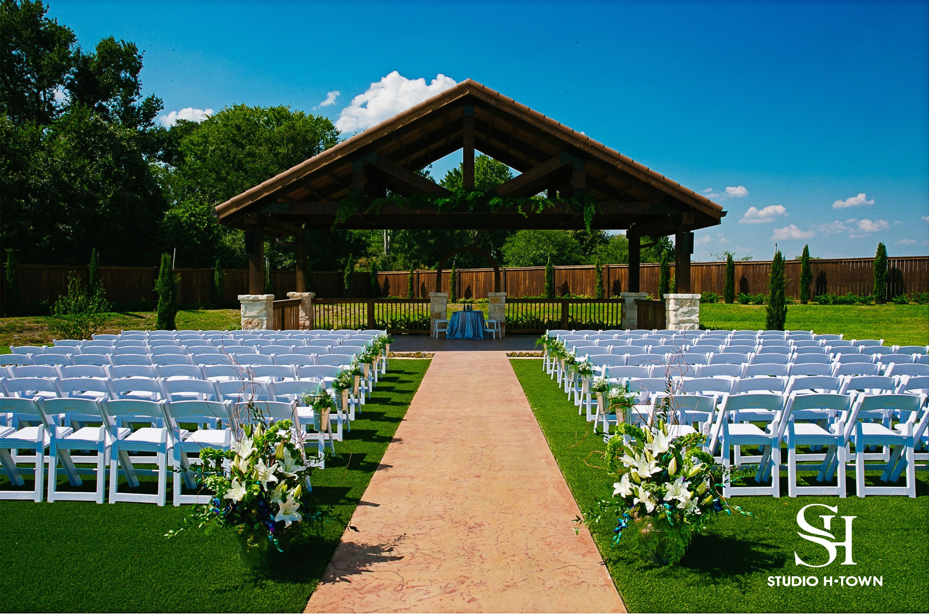 The Springs In Katy Weddings Price Out And Compare Wedding Costs For Ceremony Reception Venues Brookshire Tx