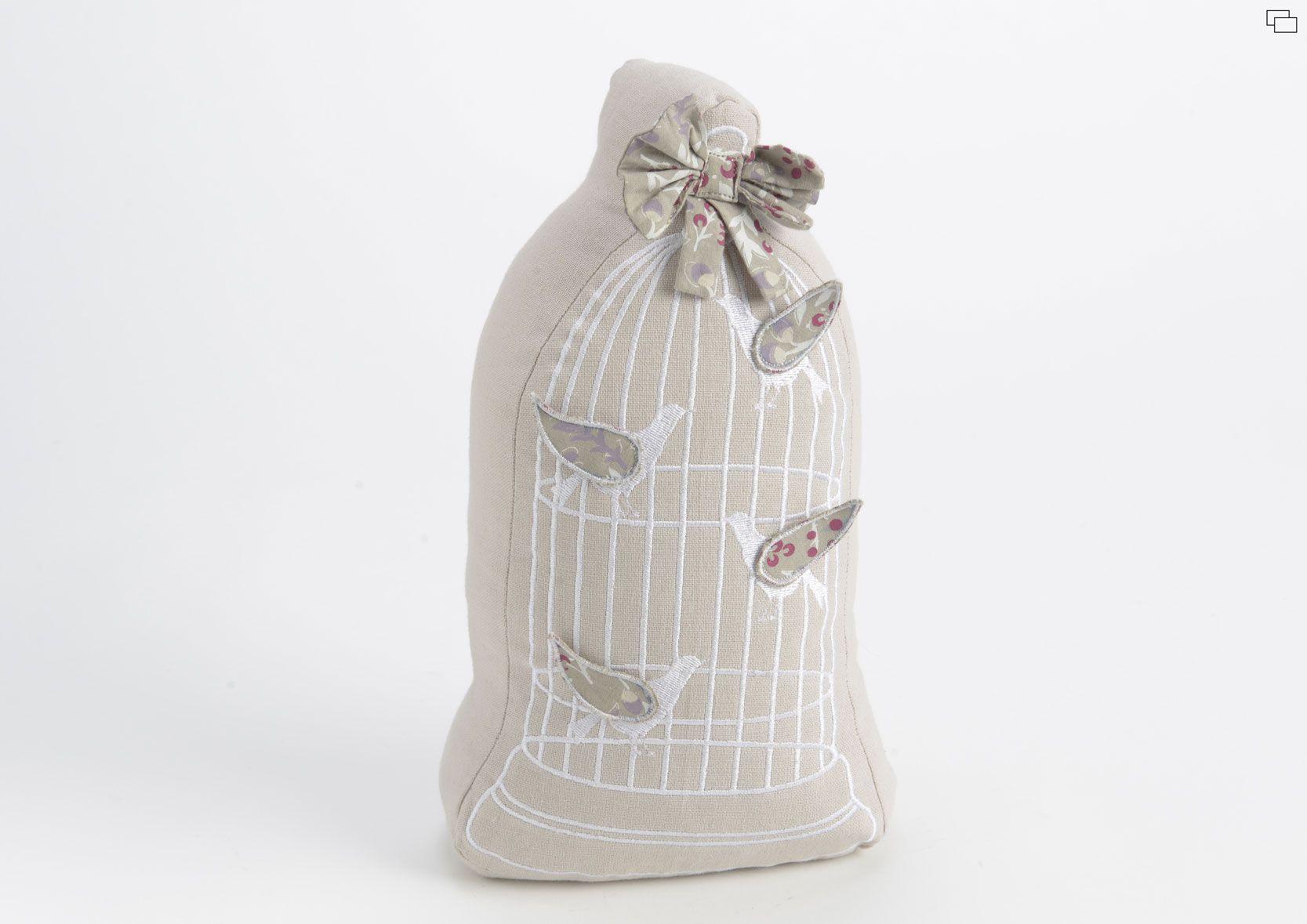 Sujeta puertas con dibujo de jaula y p jaros detalles for Muebles romanticos blancos