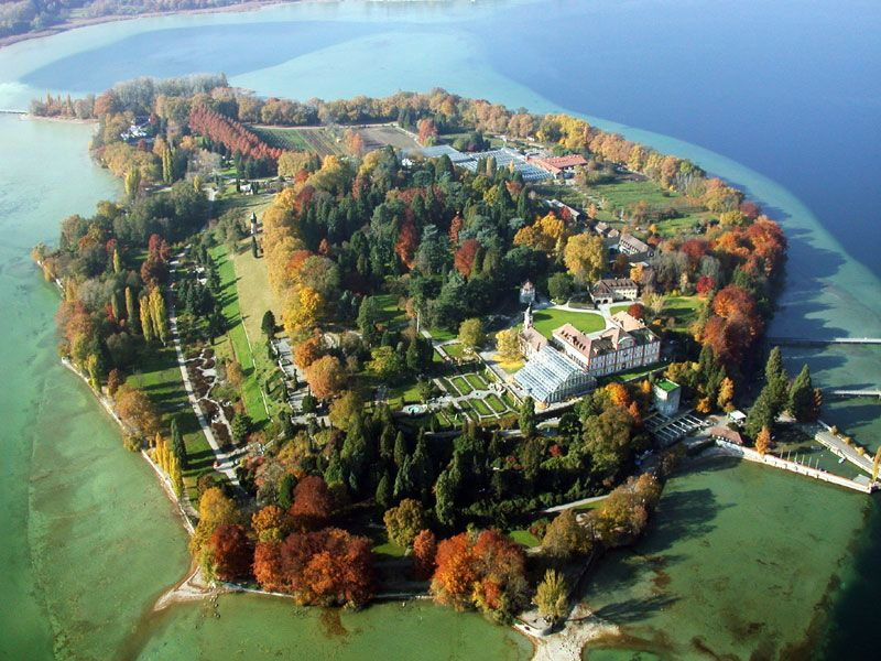 Island Of Mainau Lake Constance In Germany Incredible Flower Island With Unbelievable Gardens And Butterf Bodensee Deutschland Mainau Island Insel Mainau