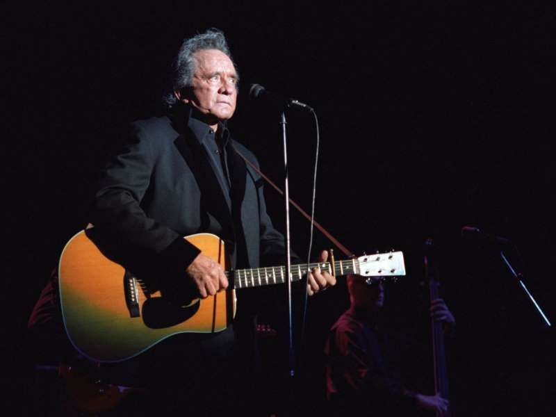 Johnny Cash\'s cover of \