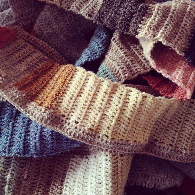 Laver #coloursandsquares  #supersoftyarn #crochet #hækle