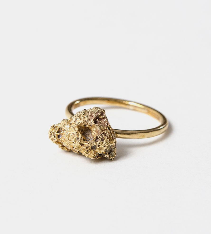 Volcan Lava Rock Ring  89249c927