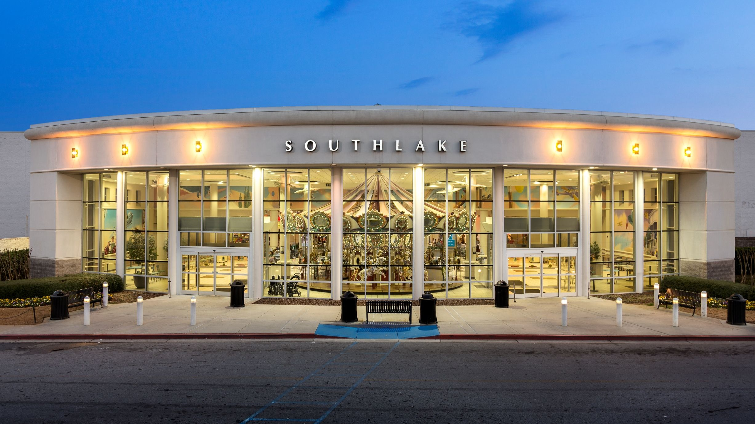 Southlake Mall Qualityinn Merrillville In Indiana Hotel Travel Attractions