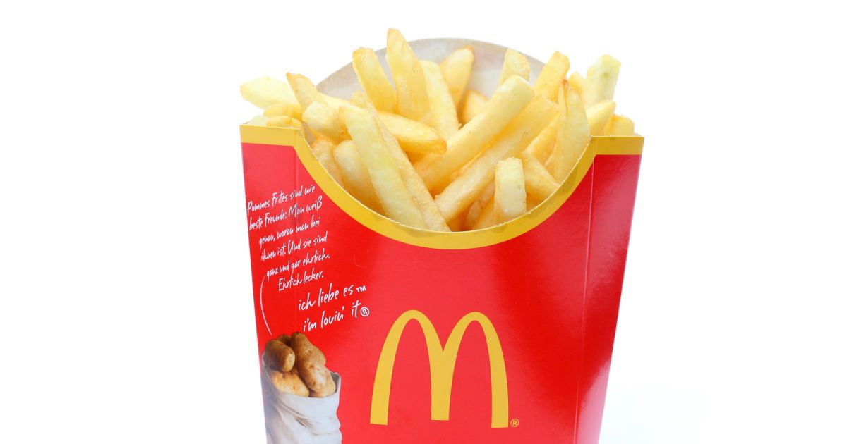 McDonald's French fries are delicious -- there's no doubt about it. And thanks to a new video tutorial from PopSugar Food, you can learn how to whip up a batch of these yummy fries at home minus the c...