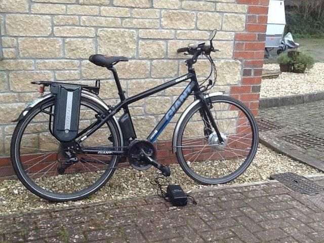 Giant Hybrid Electric Bike For Sale In Chard Somerset Preloved Hybrid Electric Bike Electric Bikes For Sale Electric Bike
