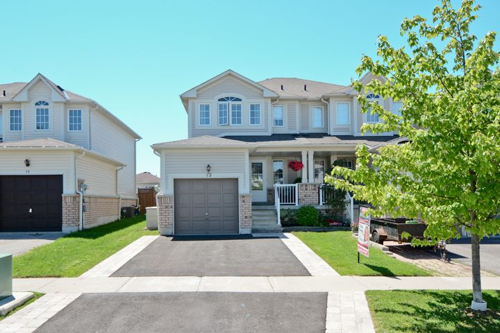 12 Annisson Crt. Bowmanville | Stunning 3 Bedroom End Unit Townhouse With Finished Basement In Family Friendly Bowmanville! : storage units bowmanville  - Aquiesqueretaro.Com