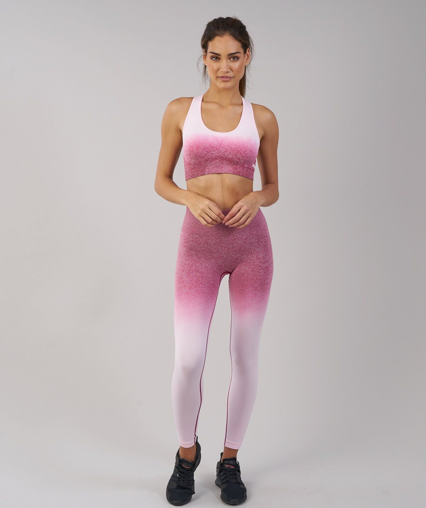 3302ae58cd Gymshark Ombre Seamless Sports Bra - Chalk Pink Beet 4