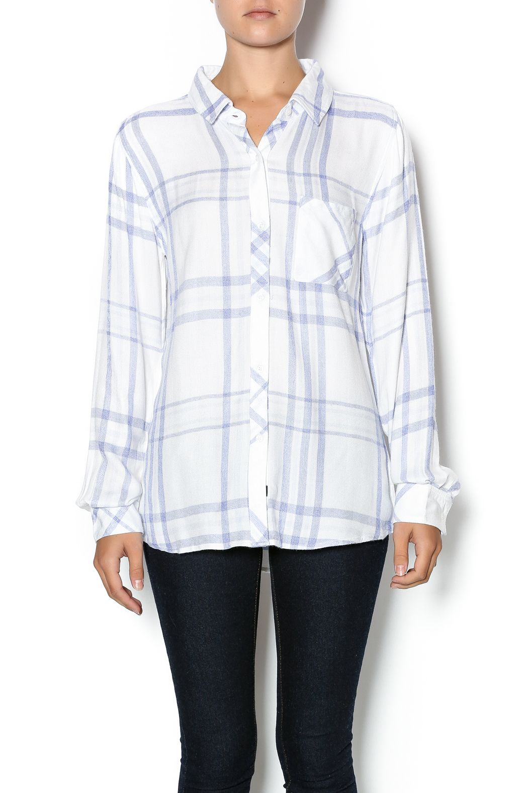 tPlaid button down top with a front patch pocket. Plaid is a fall staple be sure to add this to your closet. Style with skinny grey cargos and booties.  Hunter White Sky Top by Rails. Clothing - Tops - Long Sleeve Clothing - Tops - Blouses & Shirts Canada