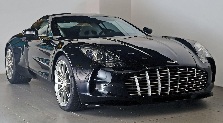 أستون مارتن وان 77 السوبر كار الرائعة تتألق على حلبة مرسى ياس موقع ويلز Aston Martin Aston Sports Car