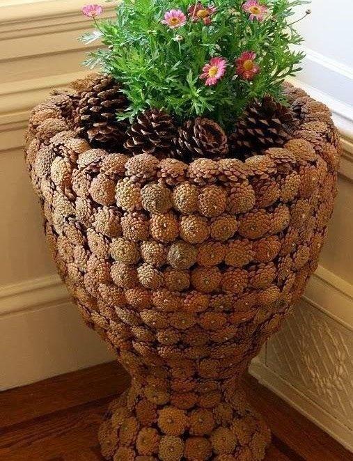 Doniczka Z Szyszek Cones Diy Pine Cones Pine Cone Decorations