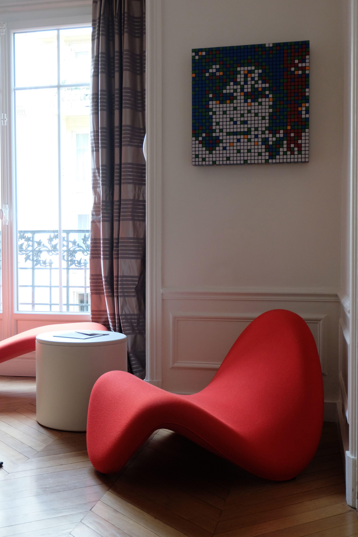 Boconcept Rue De Rennes pierre paulin famous tongue chair, szekely concrete side