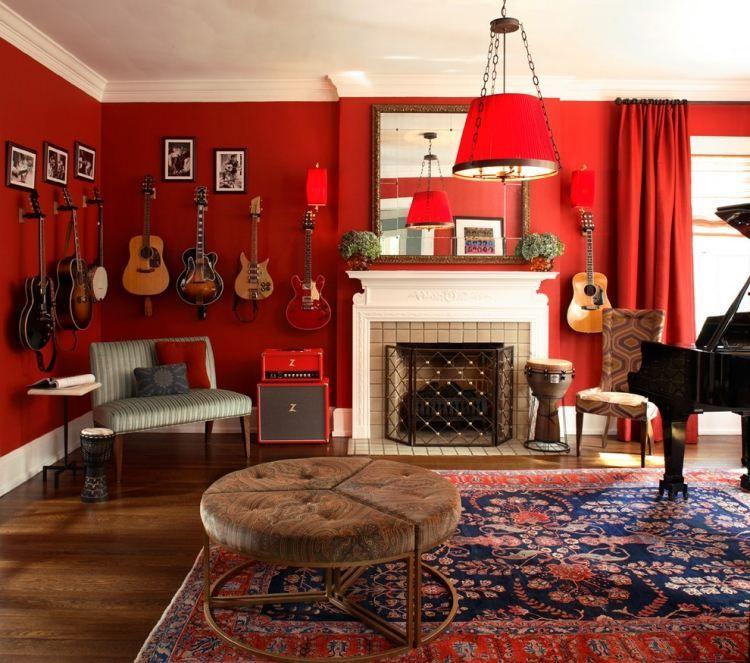 eklektisches Wohnzimmer mit offenem Kamin und roten Wänden - wohnzimmer ideen orientalisch