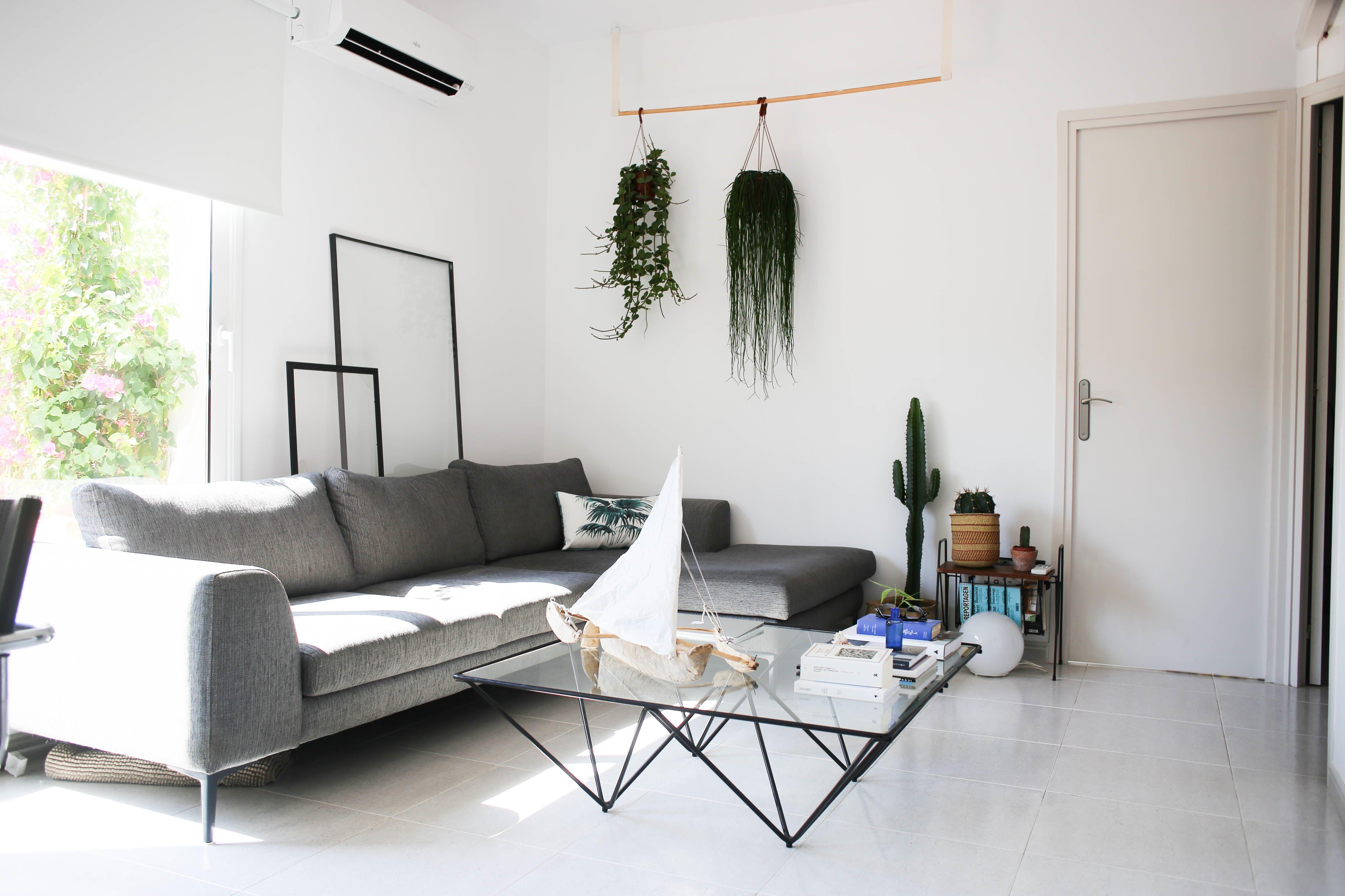 house tour an organic soulful small barcelona home living room rh pinterest com