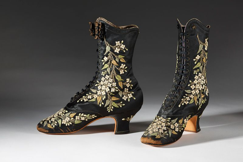 Black Pinet boot