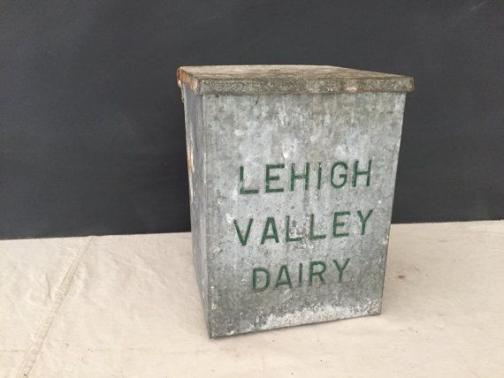 This Is Really Cute Nice Used Vintage Embossed Galvanized Metal Milk Dairy Box Cooler The Lid Is Hinged And Open Cl Metal Containers Milk Box Galvanized Metal