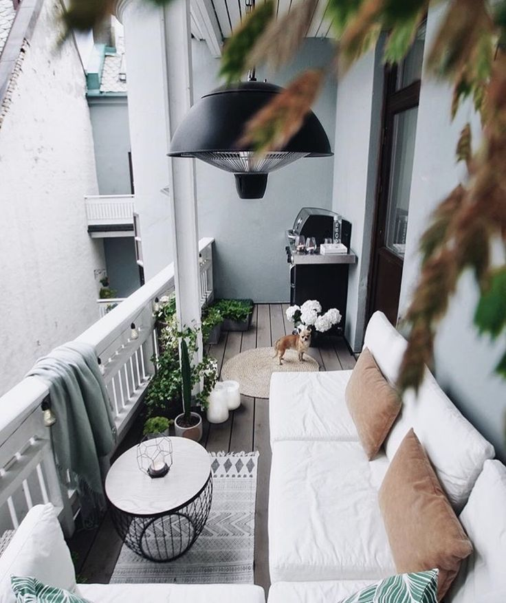 24 Chick and Stylish Apartment Balcony Ideas #balcony