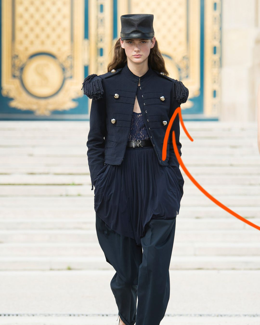 It's FashionFactsFriday and today's term is 'epaulet