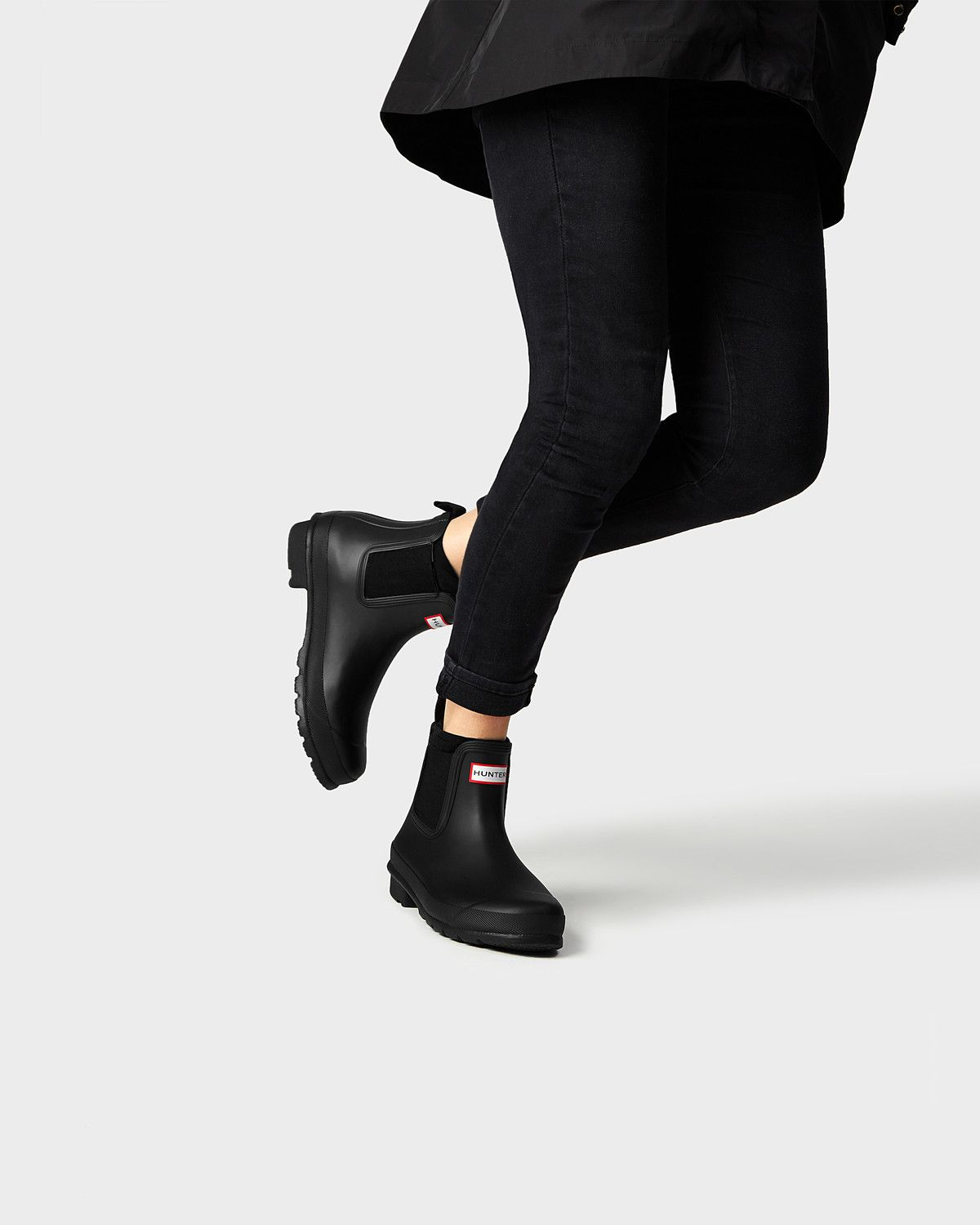 Hunter Short Rain Boots Chelsea Boot In Black Size 7 Chelsea Rain Boots Chelsea Boots Outfit Hunter Boots Outfit