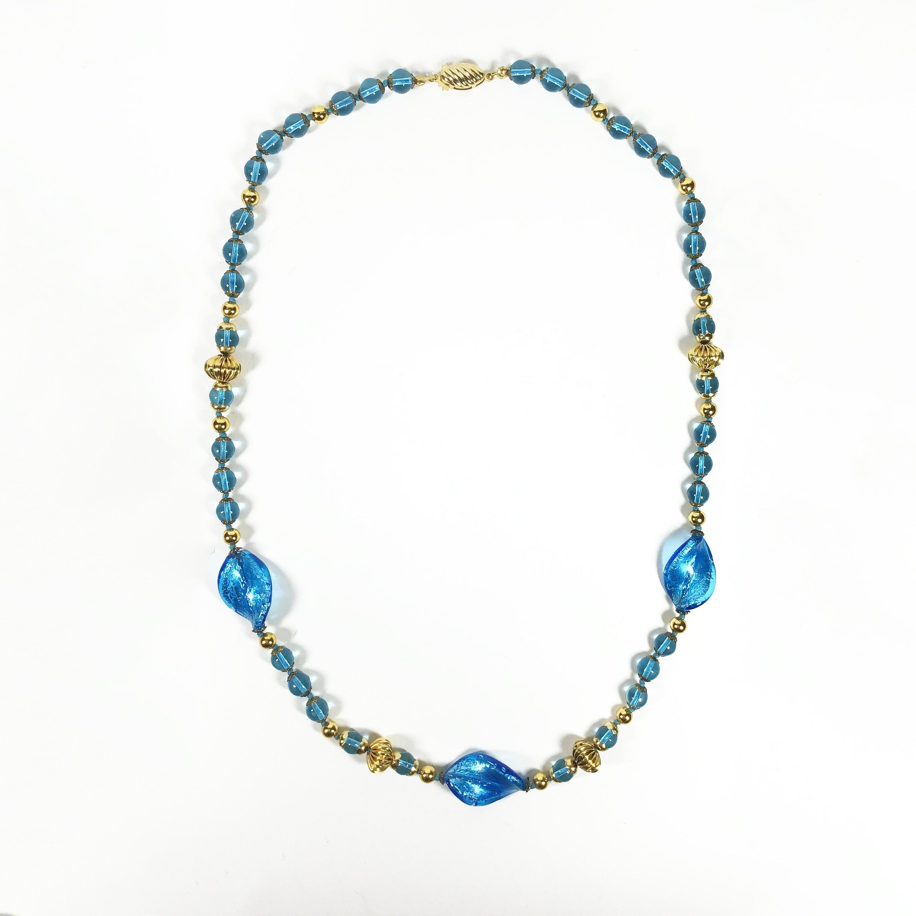 Blue faceted glass /& gold oval link beaded necklace