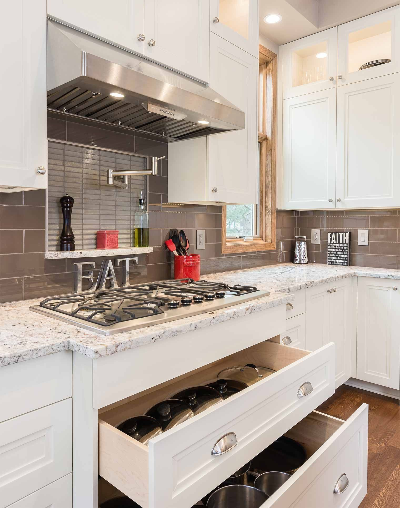 Spectacular Kitchen Project Unveiling Mo Space Mo Function Silent Rivers Design Build Cu In 2020 Kitchen Cabinets Kitchen Cabinet Trends Sleek Kitchen Cabinets