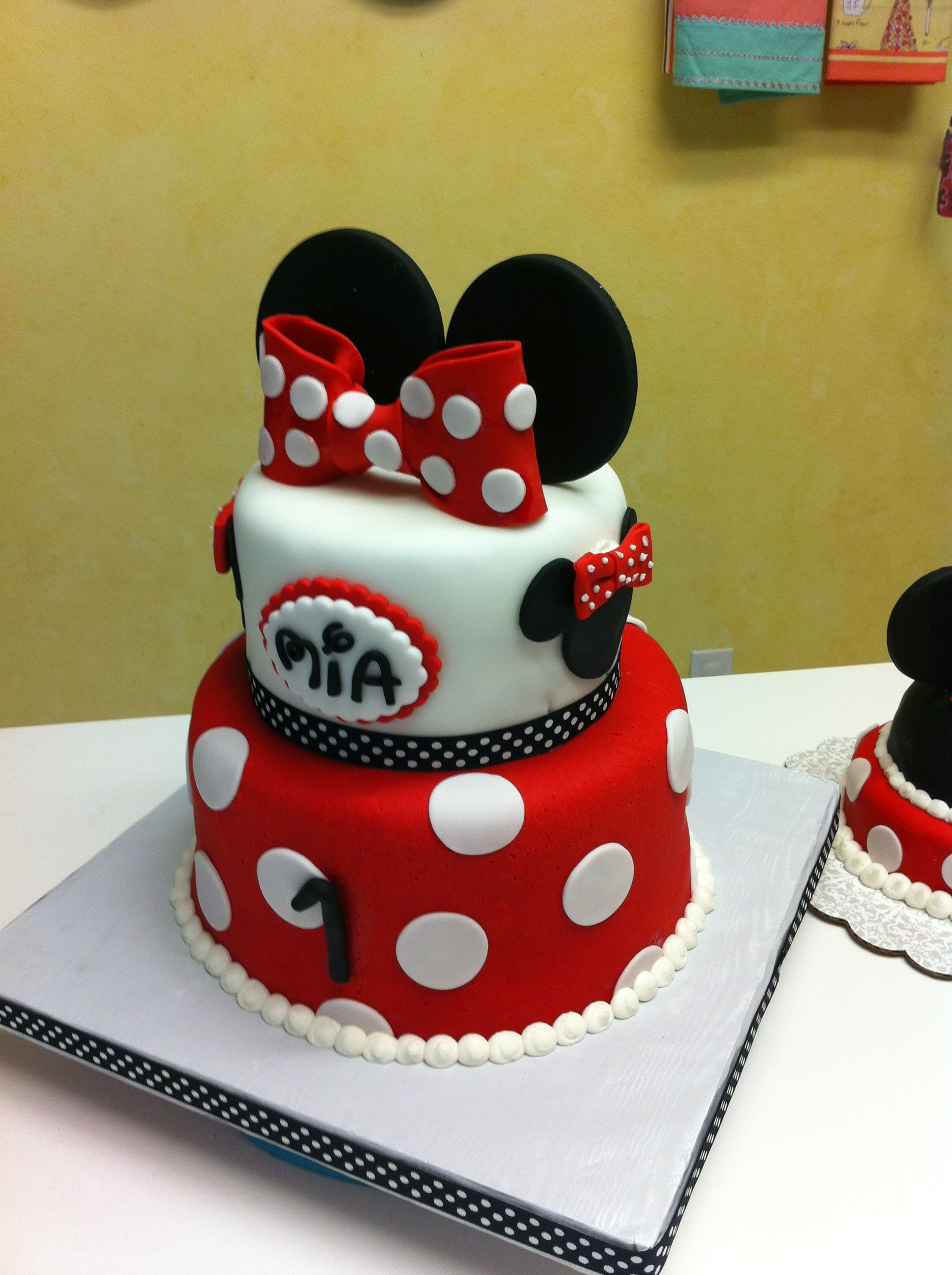 Cool Minnie Mouse First Birthday Cake With Little Smash Funny Birthday Cards Online Overcheapnameinfo