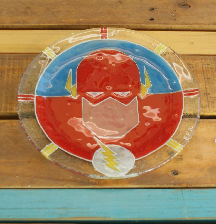 Plato súper héroes Flash vitrofusion - Glass fusion - Fusing Medida: 24 cm   - Espesor: 6mm Handmade