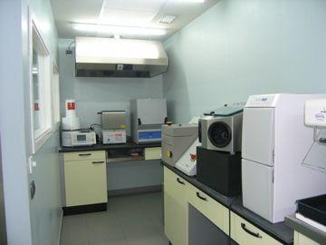 Clinica Juanatey: Trabajos de laboratorio.