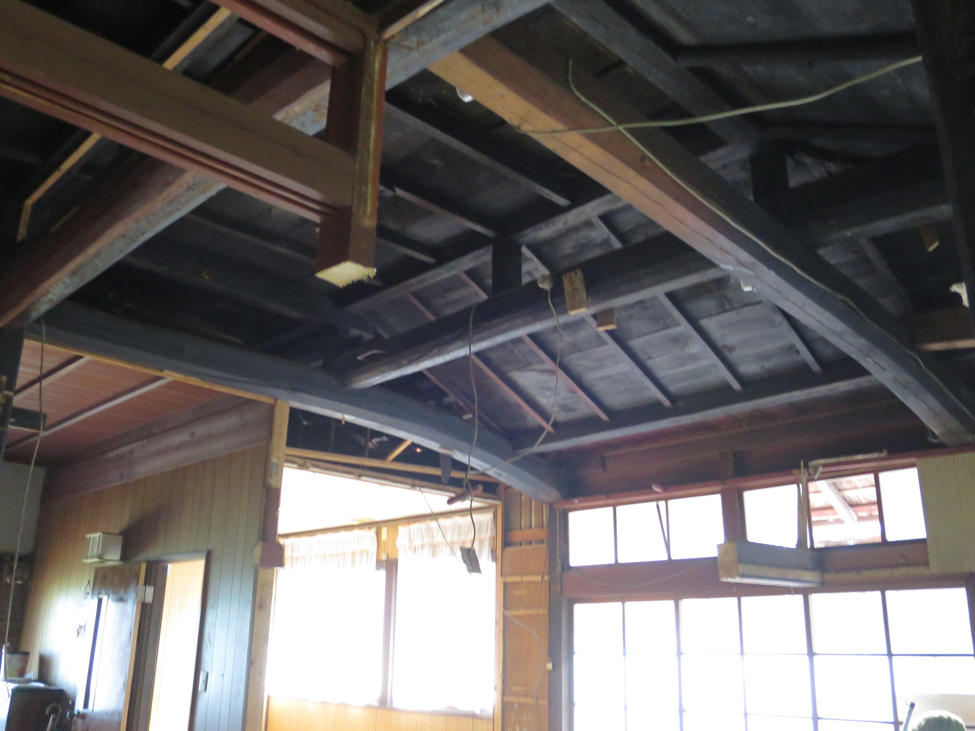天井 斜め部分の下地材取り付け リフォーム 古民家 都市デザイン