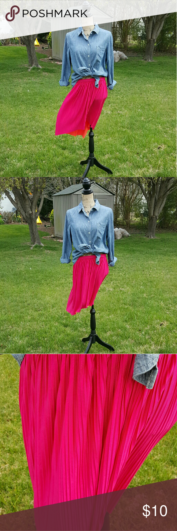 {Xhilaration} reversible hi-low skirt Xhilaration reversible hi-low skirt. Brand new with tags. Large size. Has small pleats all around. Elastic waistband. Pink on one side and coral on the other.  I have a pet and smoke free home. Please feel free to make a bundle and submit an offer! Xhilaration Skirts High Low