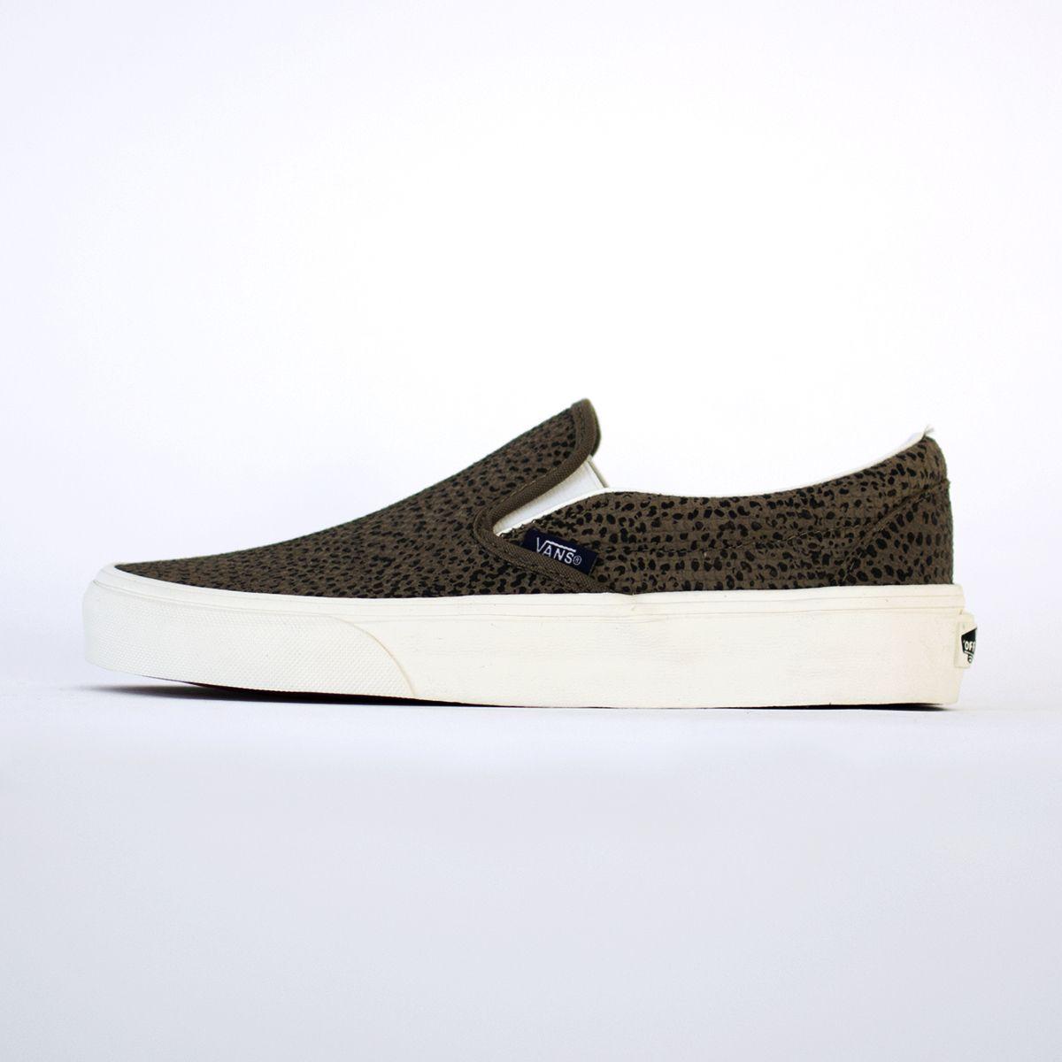 72df1a5ff2eb VANS - 0MEGYM CLASSIC SLIP ON - cheetah suede/black/tan sneakers - http