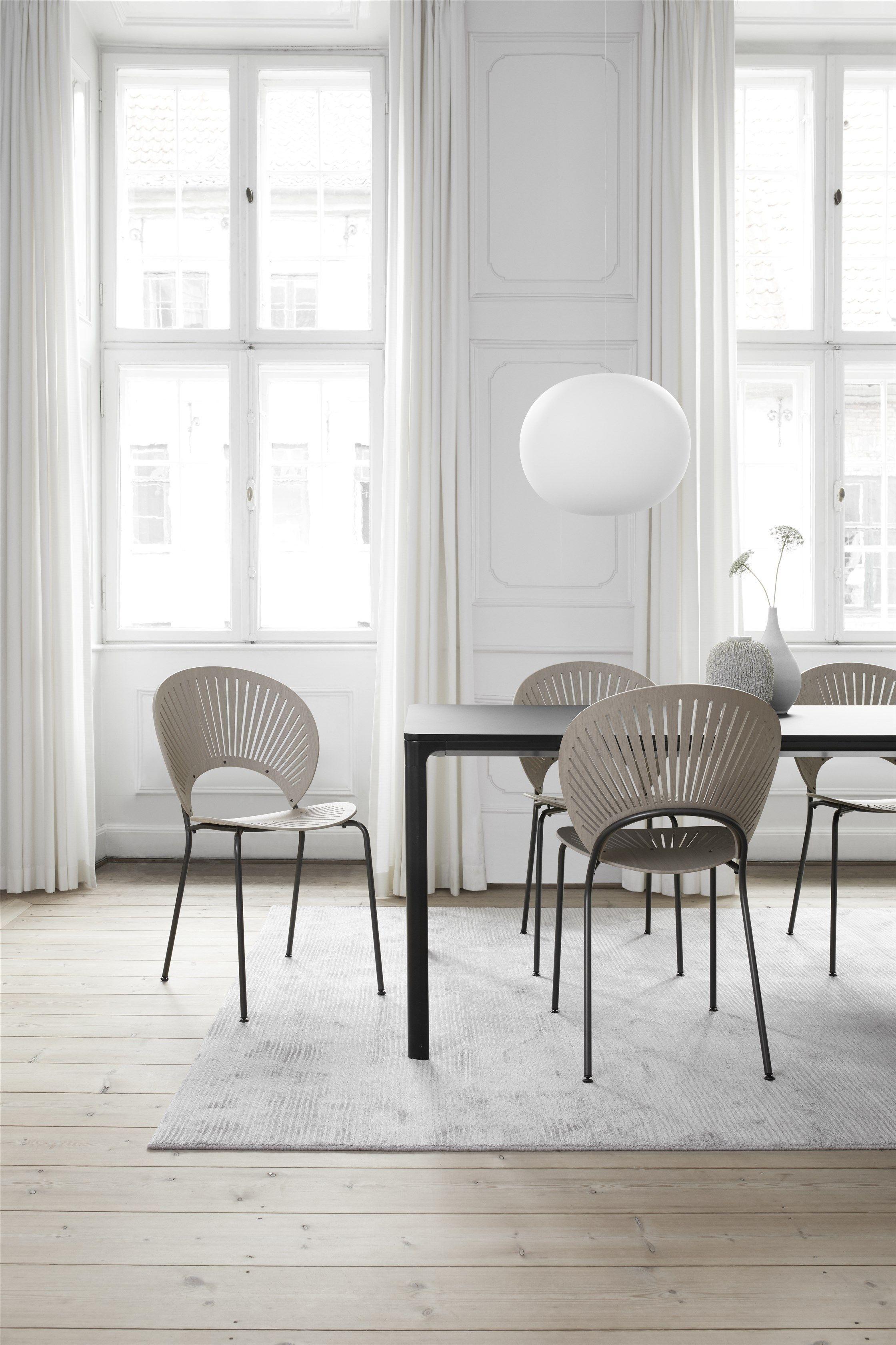 The home of interior designer louise liljencrantz      comedores interiores decoracion living also rh ar pinterest