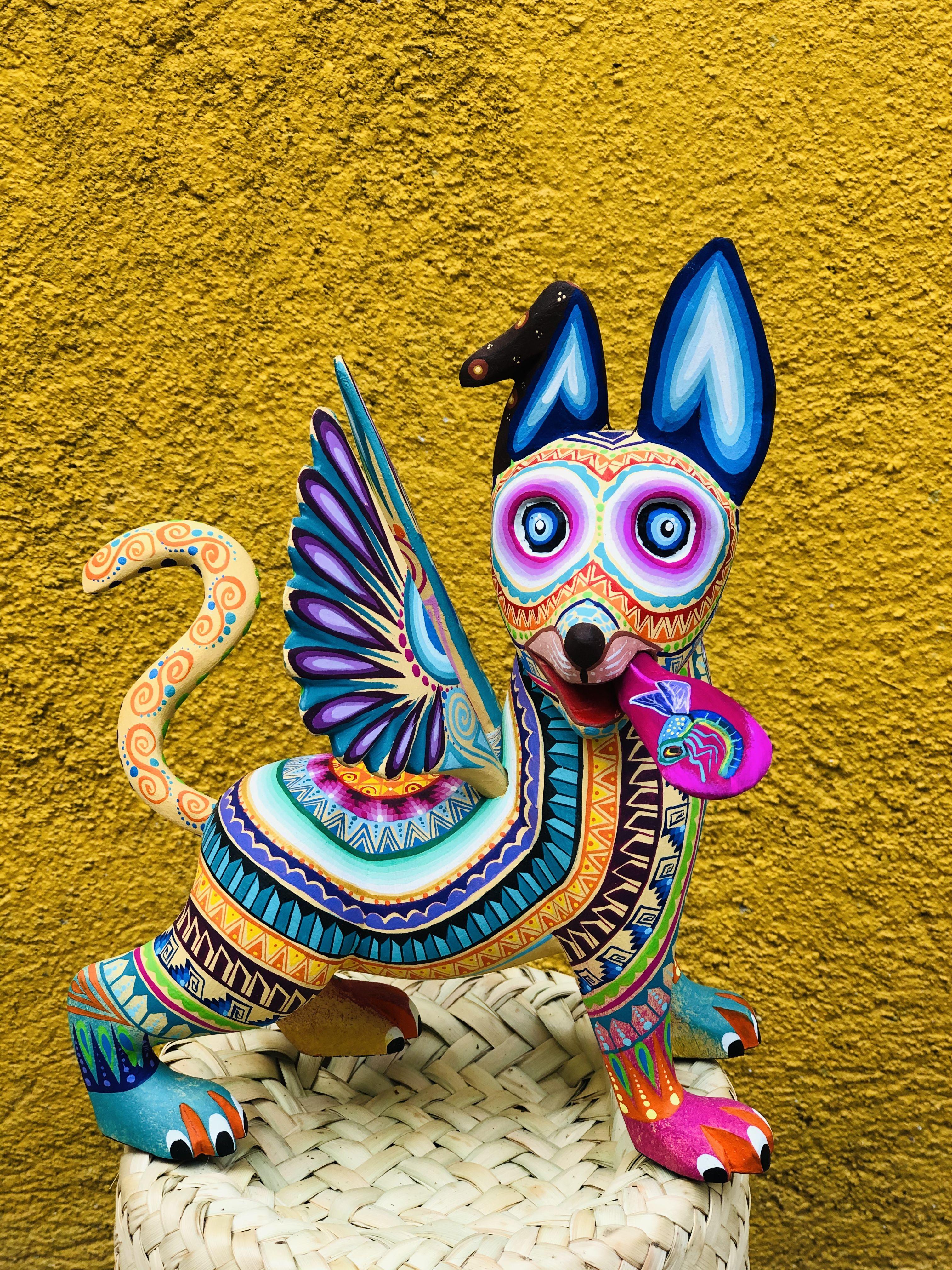 Perro •Taller Zeny Fuentes   Aztec art, Mexican folk art ...