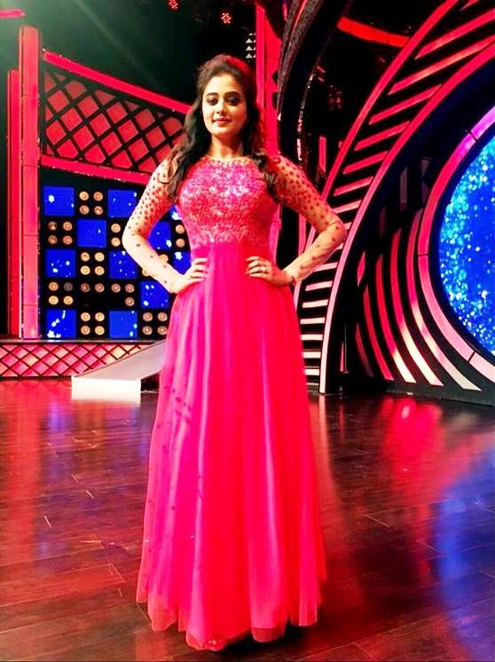 Priyamani in gorgeous red gown from the bridal collection.#pranaah ...
