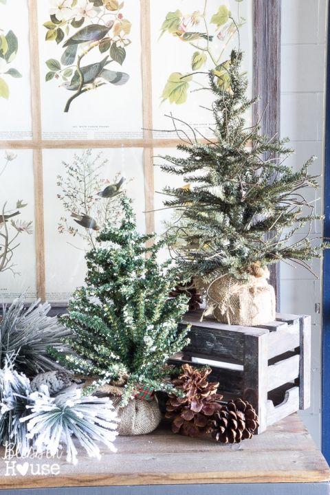 Christmas Tour (24 of 40)   Woodland christmas decor, Christmas tours, Farmhouse christmas decor