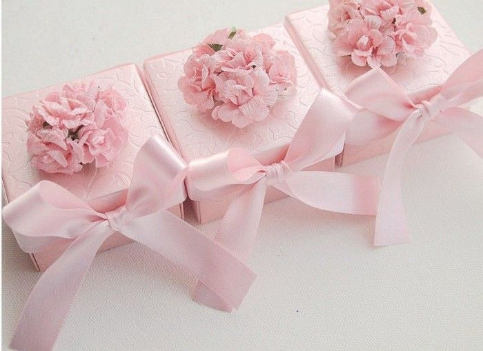 Save Money & Learn How to Make Your Own Wedding Favors