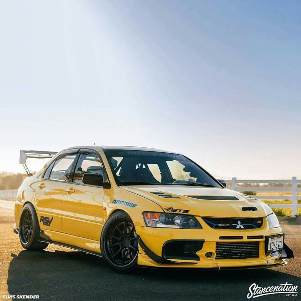 Mitsubishi Lancer Desktop Wallpaper: Pin By Johnny On JDM ️ (With Images)