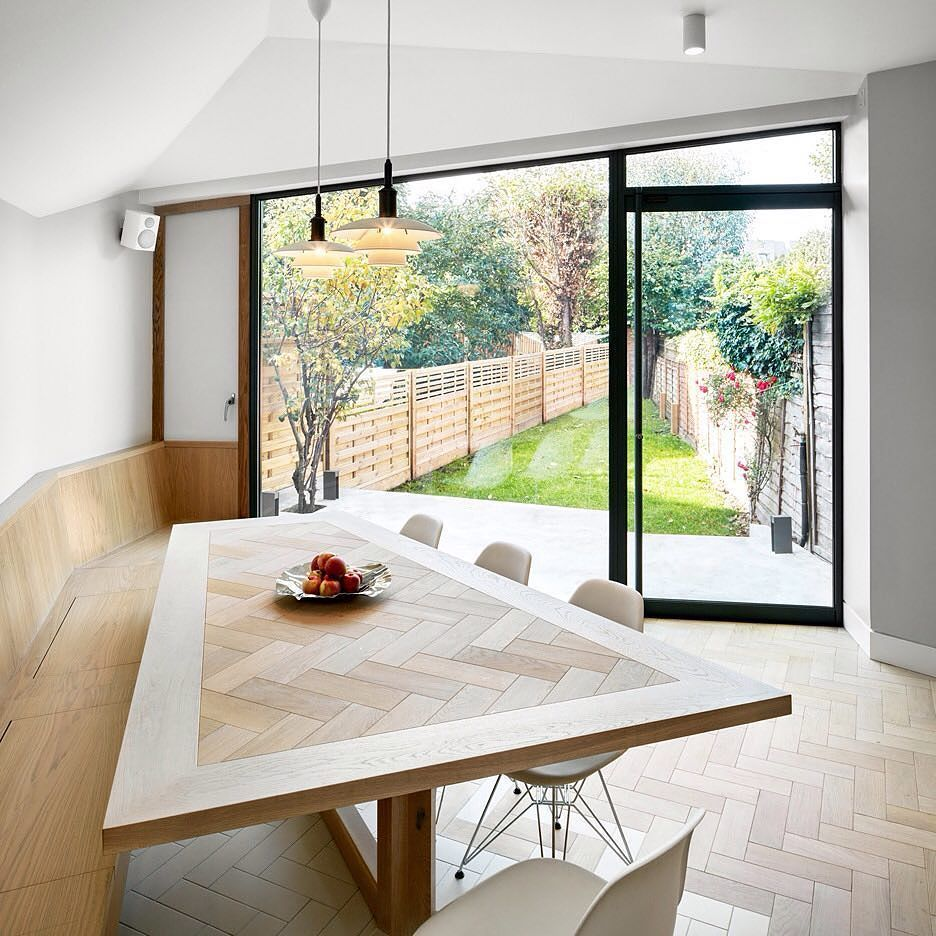 London Architecture Studio Platform 5 Has Added A Cranked Extension To A Victorian House In Hackney Featuring A Herring House Extensions London House New Homes