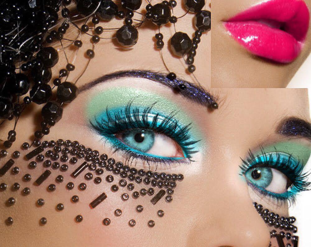 Beautyfull eye make- up
