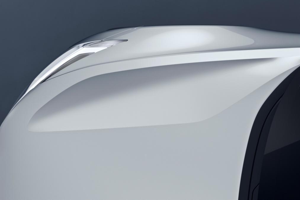 Volvo 40.2 Concept (Volvo V40 2018) - bonnet