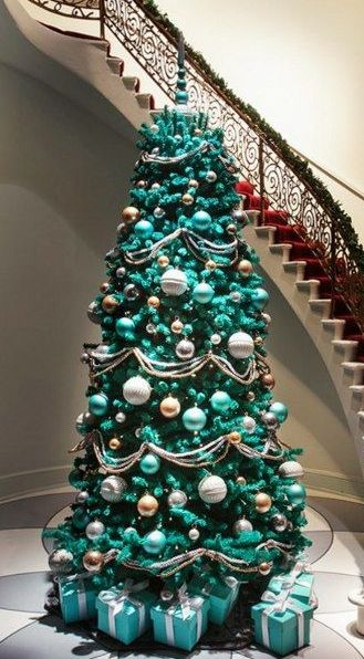 tiffany blue christmas treebut without those huge white balls more - Tiffany Blue Christmas Decorations