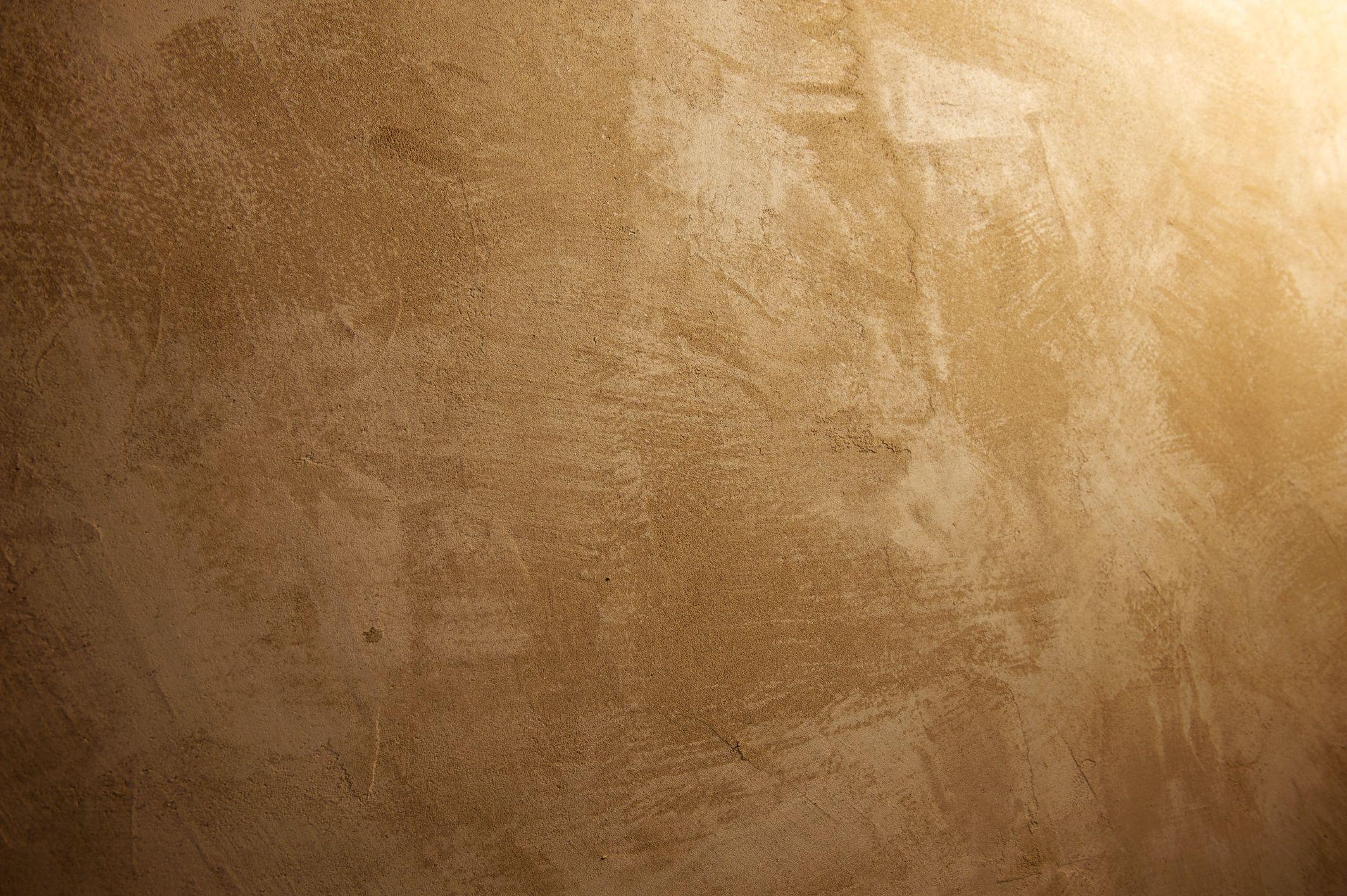 Intonaco di cocciopesto: tecnica antica e naturale per muri umidi