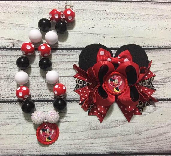 Minnie Mouse Hair Bow and Chunky Bead Necklace//Bubblegum Necklace Set