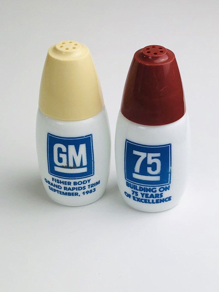 Vintage General Motors salt and peppers shakers, GM Fisher Body Excited to share this item from my shop: Vintage General Motors salt and peppers shakers, GM Fisher Body