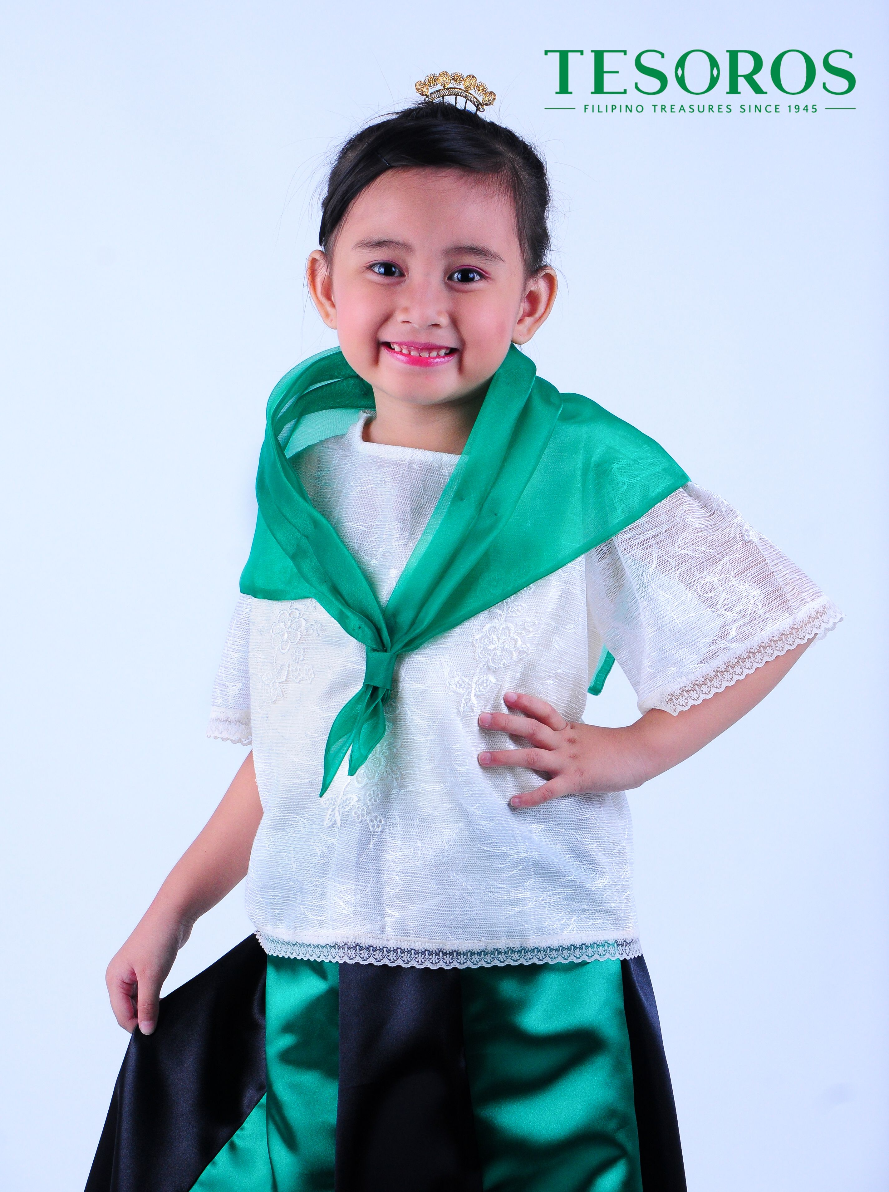 7ad664fdf290 The traditional Filipina lady wear this Maria Clara with abaca kimona in  natural color alampay of organza fabric and gore satin skirt.
